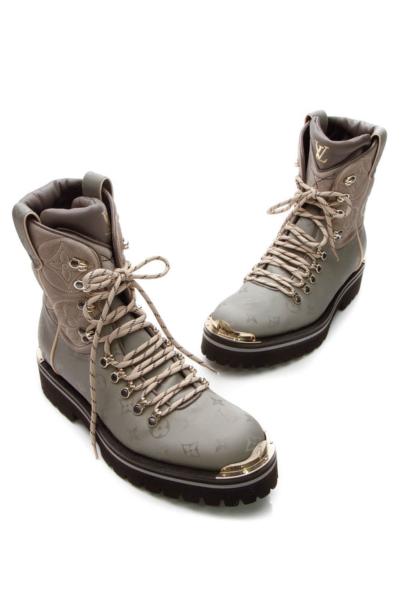 Louis Vuitton Outland Men's Boots - Monogram Titanium/Suede US Size 9.5