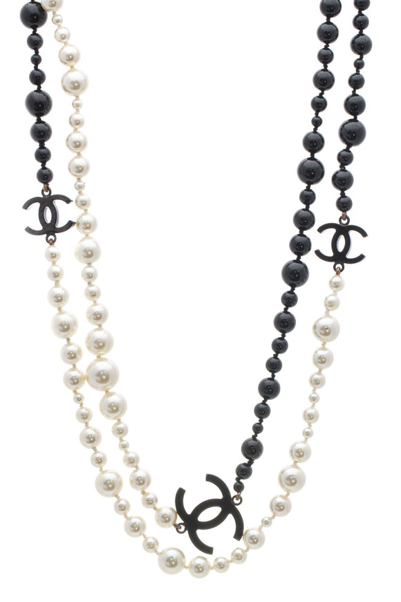 Chanel Faux Pearl CC Long Necklace - Black/White