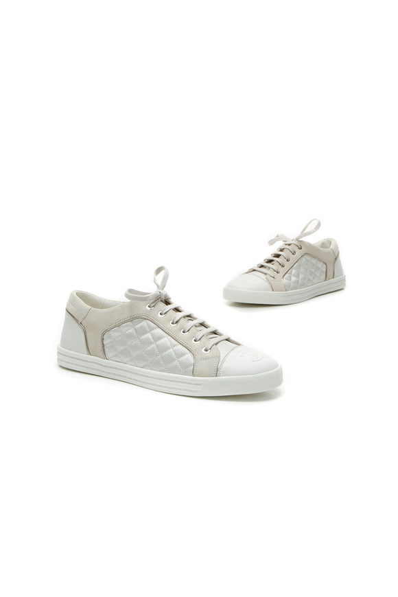 Chanel Quilted Low-Top Sneakers - White Size 42