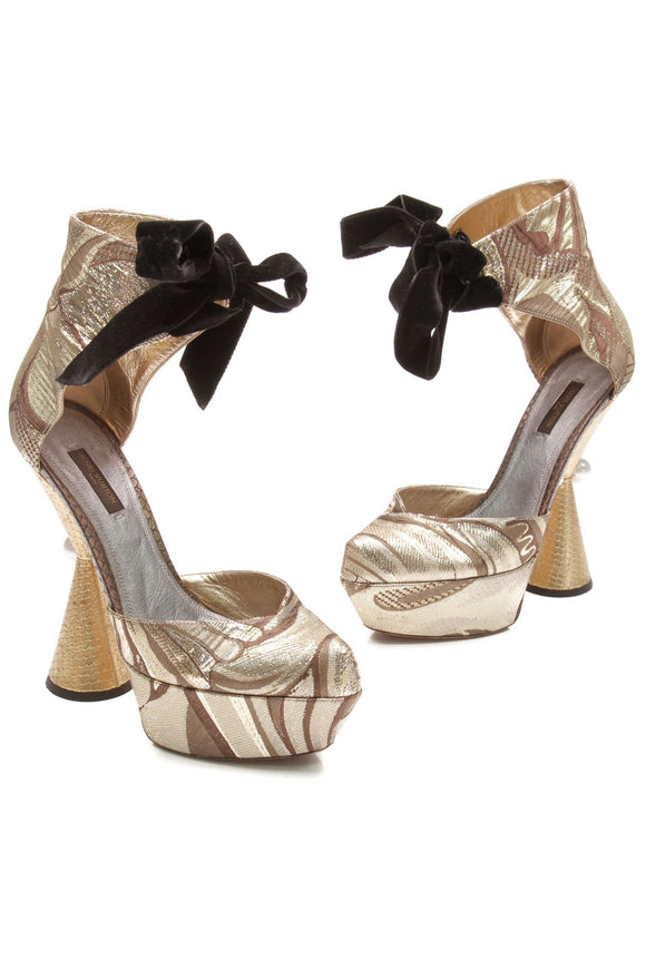 louis-vuitton-cancan-heels-metallic-gold