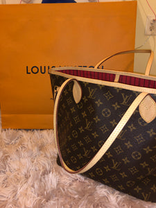 Louis Vuitton Monogram Neverfull MM bag