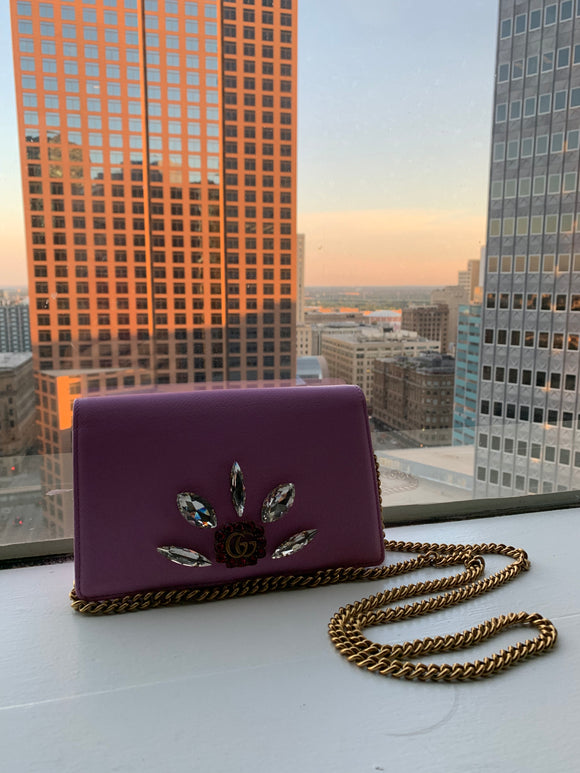 Gucci Crystal Wallet On A Chain bag