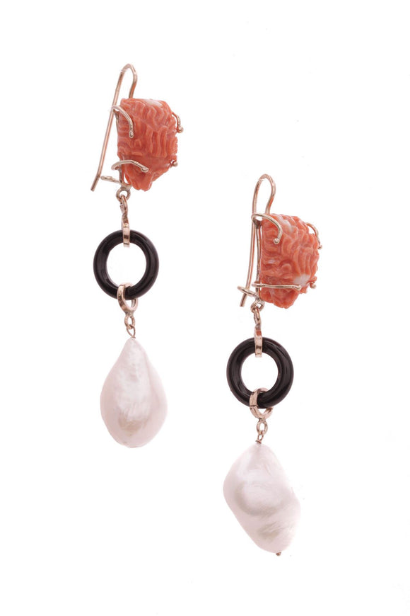 14k-yellow-gold-carved-coral-lion-baroque-pearl-drop-earrings