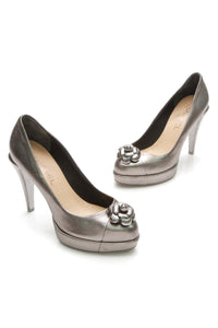 chanel-camellia-pumps-silver-leather