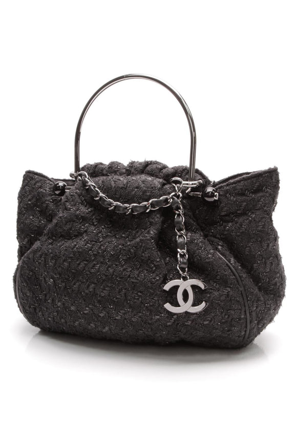 chanel-tweed-boucle-knitting-bag-black