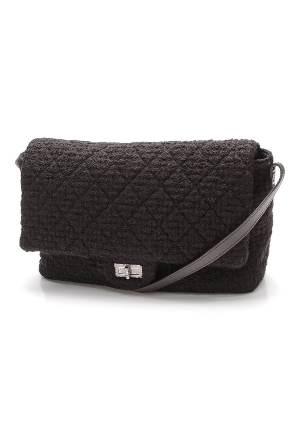 chanel-easy-tweed-large-messenger-flap-bag-black
