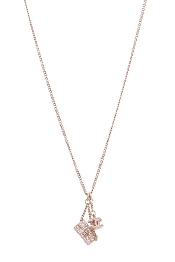 chanel-crystal-cc-bag-necklace-gold