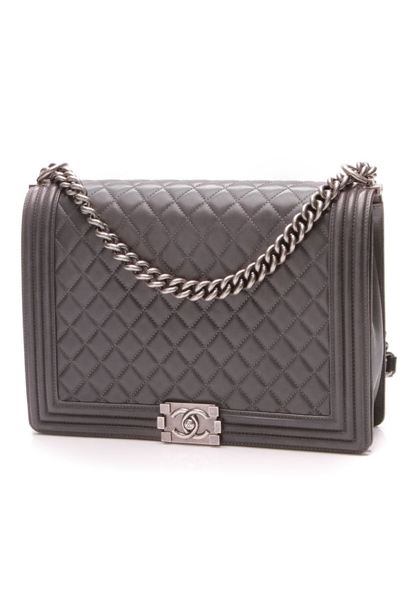 chanel-boy-bag-large-gray-lambskin