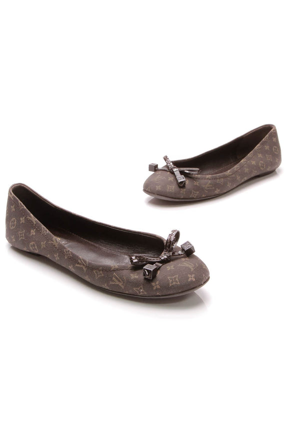 louis-vuitton-debbie-flats-ebene-mini-lin