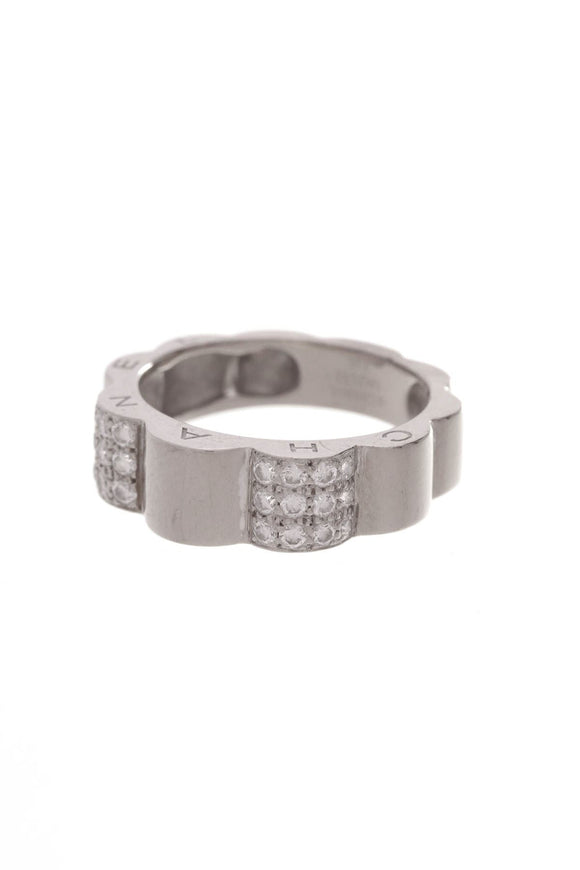 chanel-camellia-outline-diamond-ring-white-gold