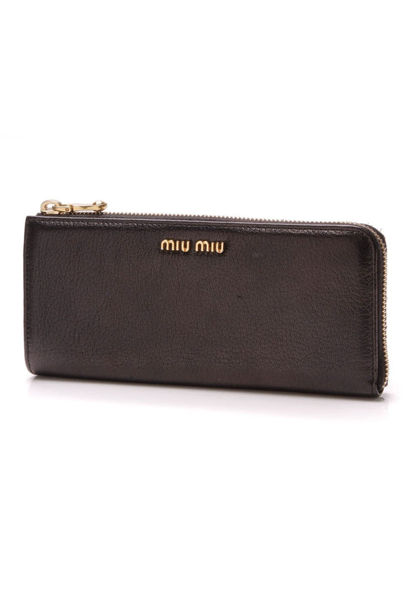 miu-miu-madras-zip-wallet-black