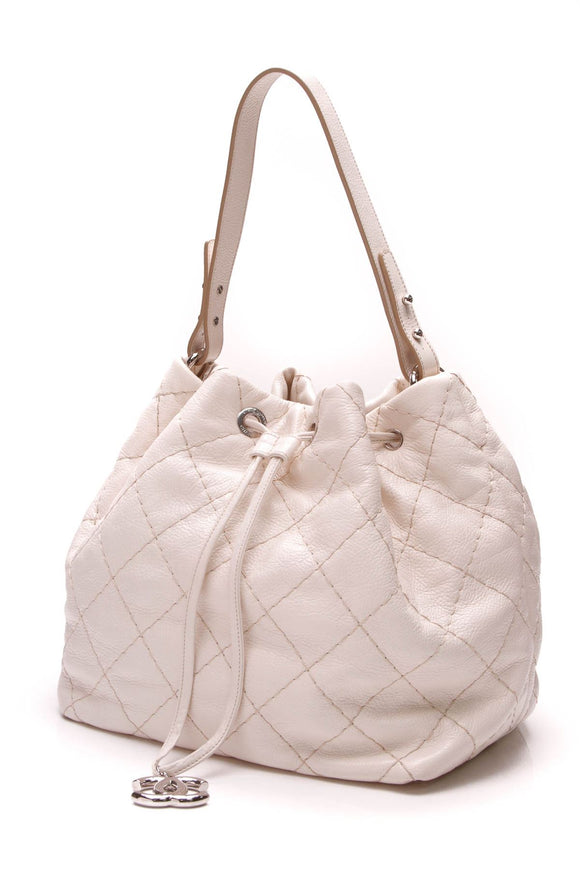 chanel-on-the-road-hobo-bag-ivory