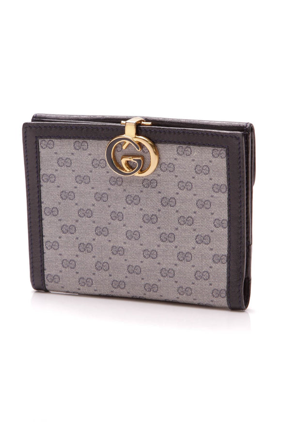 gucci-vintage-compact-wallet-navy-gg-canvas