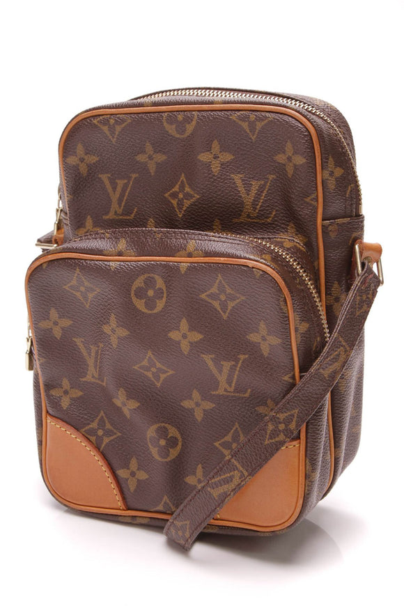 louis-vuitton-amazone-crossbody-bag-monogram