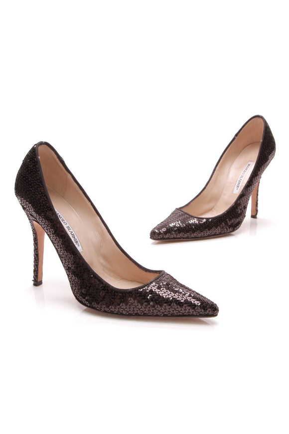 manolo-blahnik-ciuzzosa-sequin-pumps-black