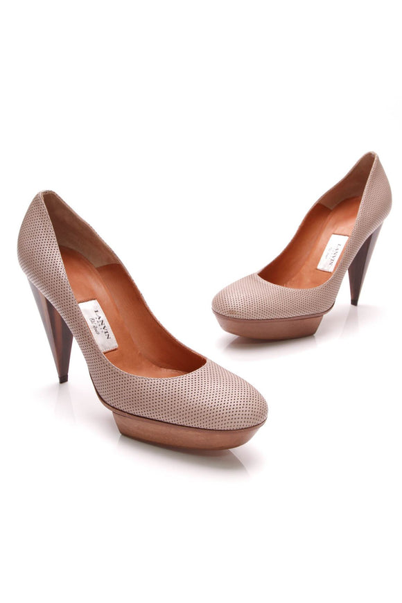 lanvin-perforated-wood-platform-pumps-taupe