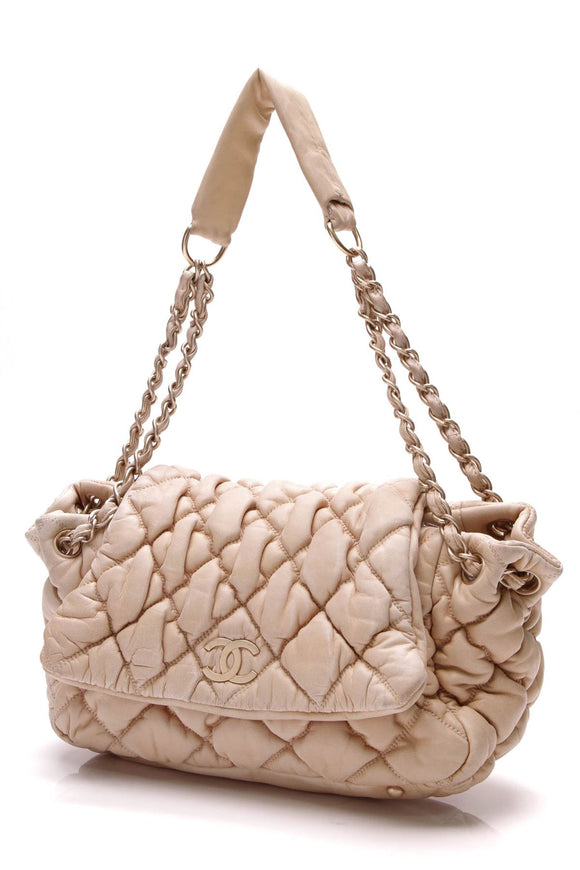 chanel-bubble-quilt-accordion-bag-beige