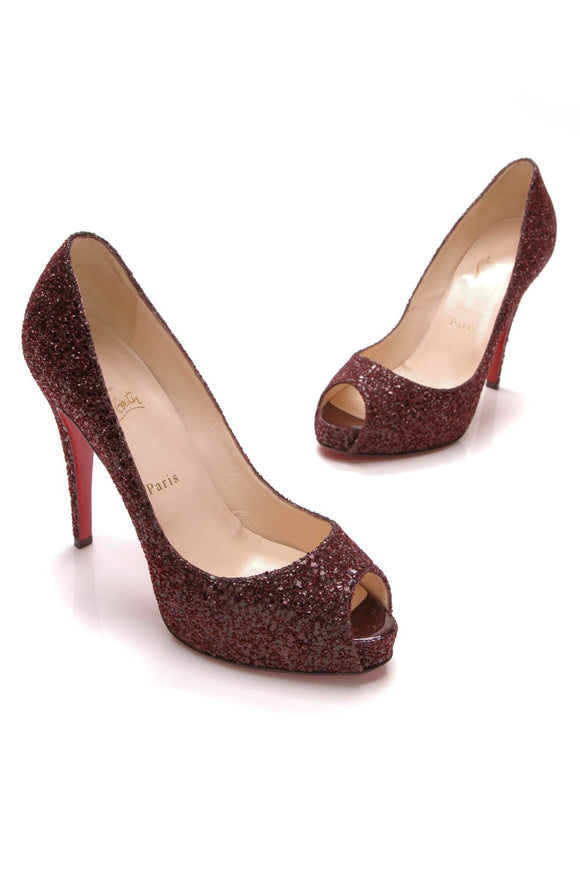 christian-louboutin-very-prive-pumps-oxblood-glitter