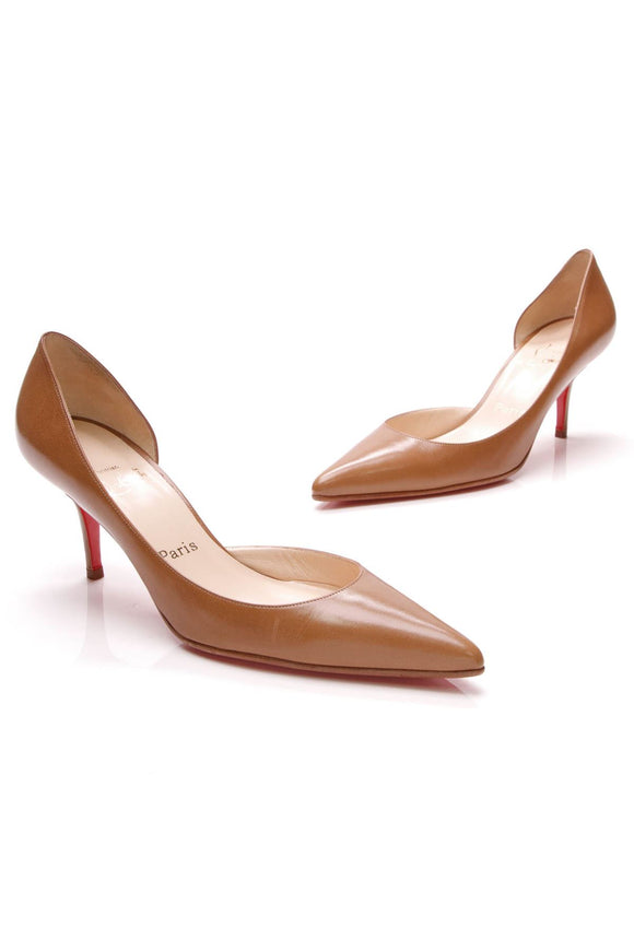 christian-louboutin-sixties-pumps-camel