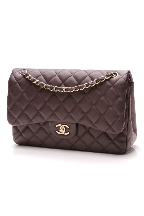 chanel-classic-double-flap-bag-jumbo-purple-lambskin