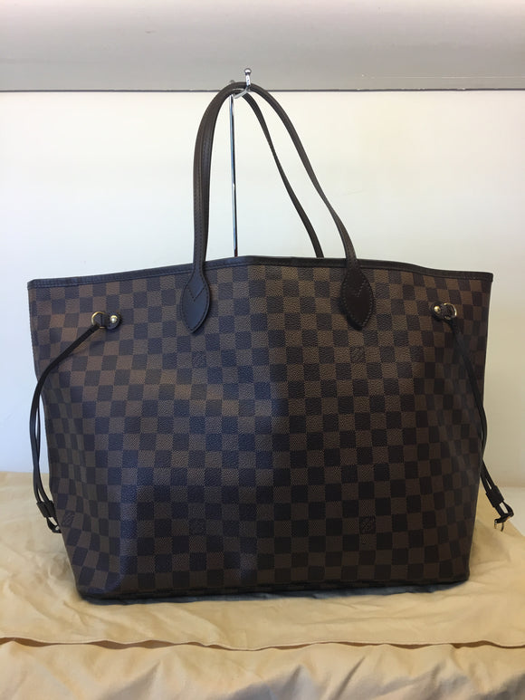 Louis Vuitton Damier Ebene GM bag