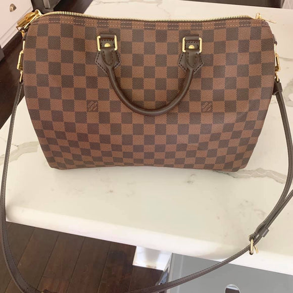 Louis Vuitton Speedy Bandouliere 35 bag