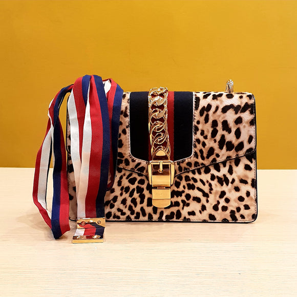 Gucci Leopard Small Sylvie bag