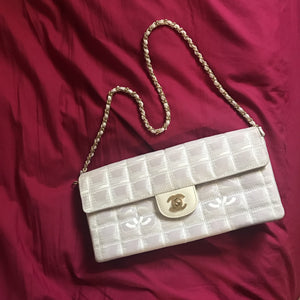 Chanel travel ligne Flap bag
