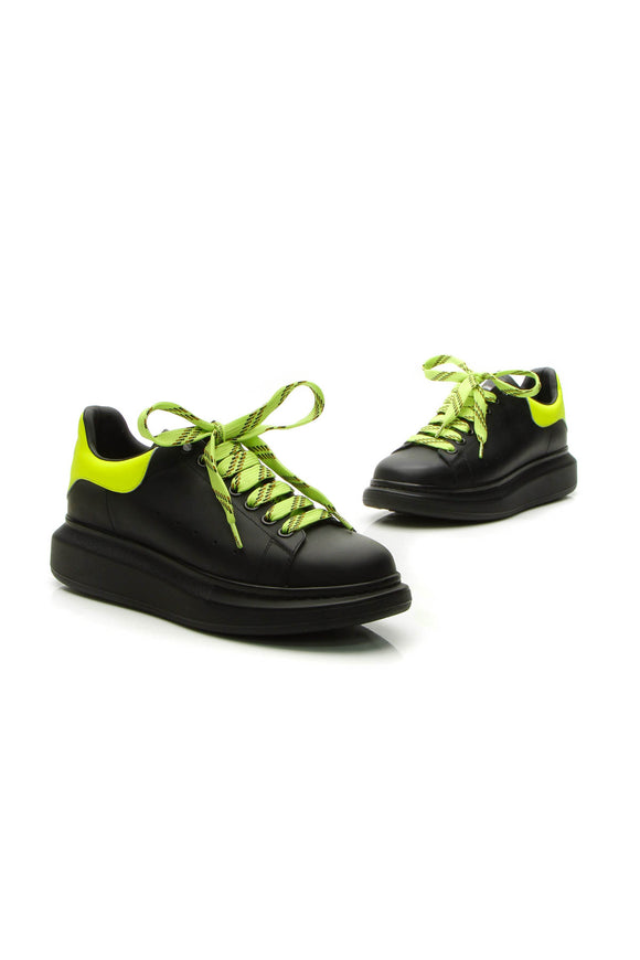 Alexander McQueen Oversized Low-Top Men's Sneakers - Black/Yellow US Size 8