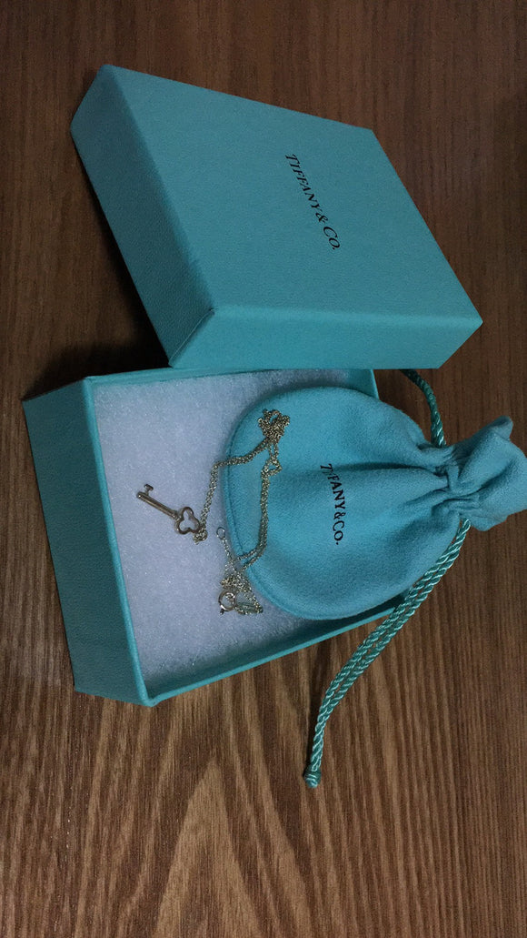 Tiffany Heart Key Pendant necklace