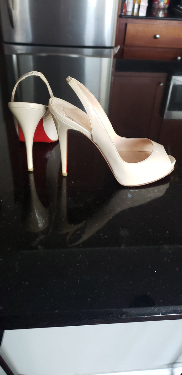 Christian Louboutin Very Prive Slingback pumps