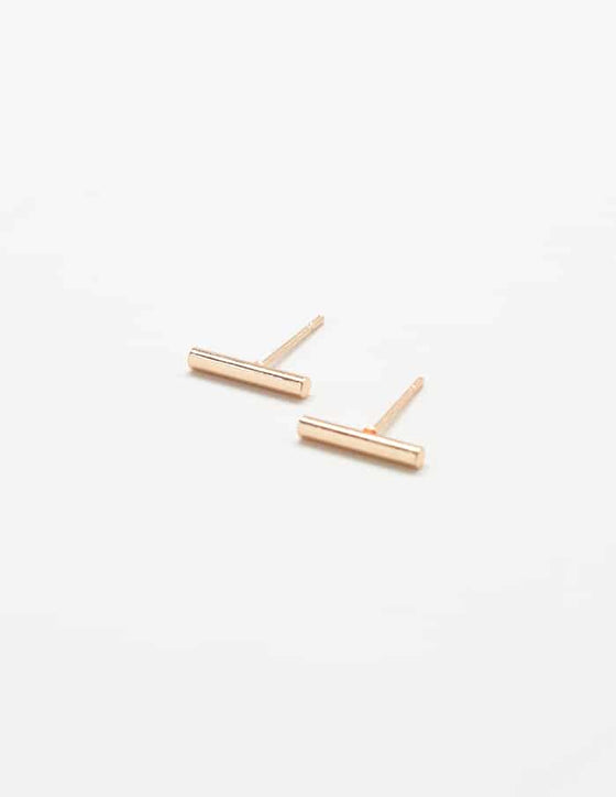Eve Slim Bar Earrings in Gold
