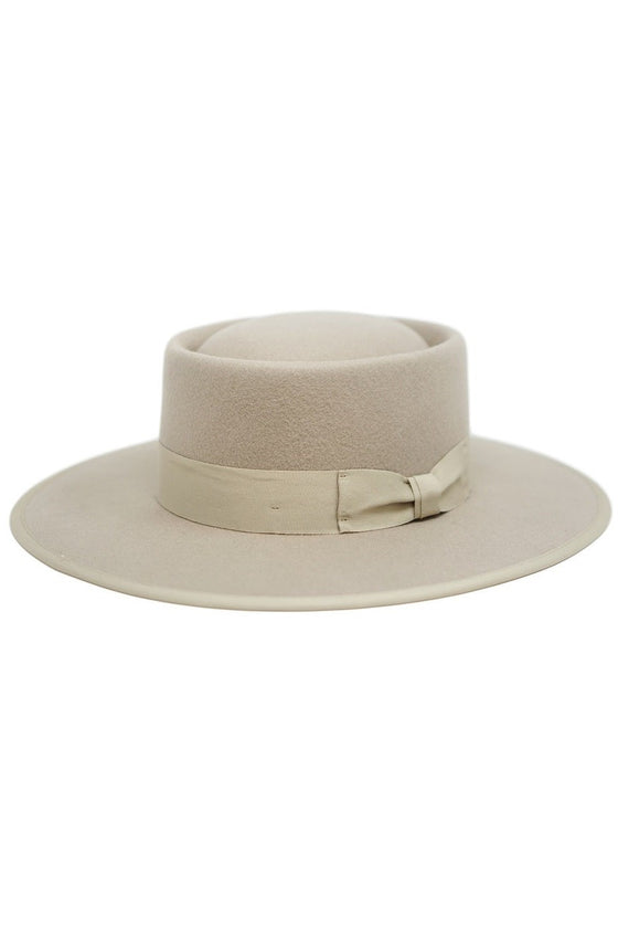 Ellianna Felt Gambler Hat in Beige