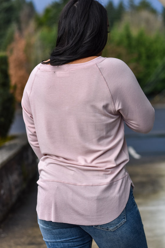 Alicia Soft Crew Neck Top in Dusty Pink