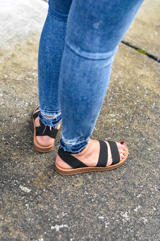 Imani Elastic Sandals in Black