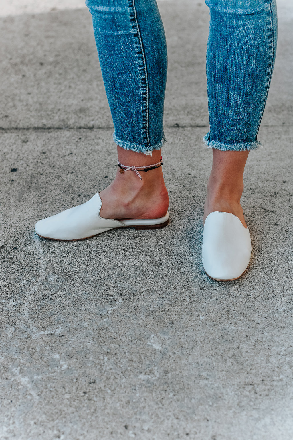 Kalana White Leather Mules