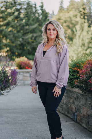 Gabriella Windbreaker in Mauve