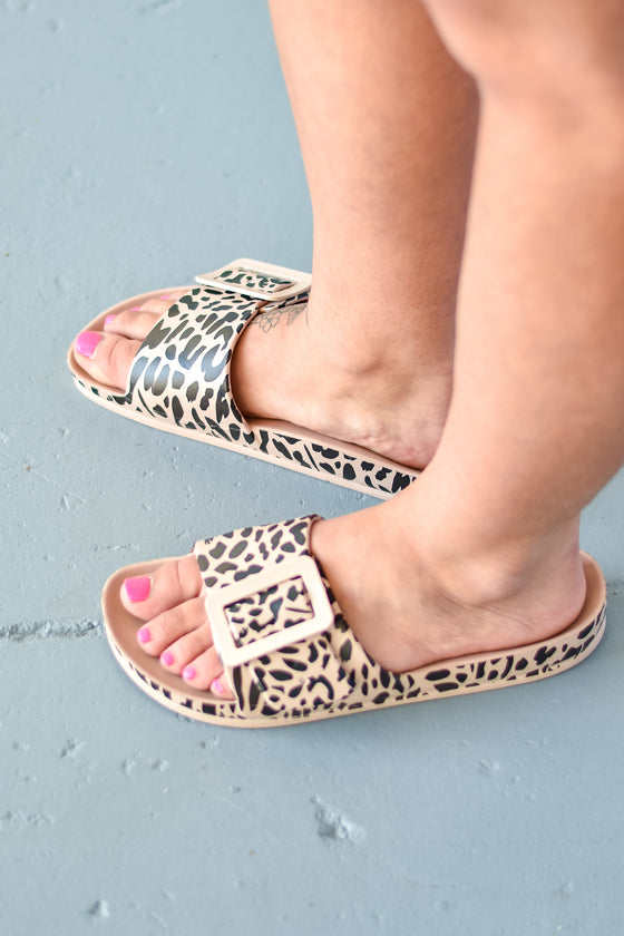 Aaliyah Playful Leopard Slides