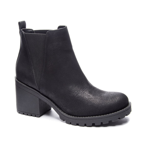 Valerie Chunky Booties in Black