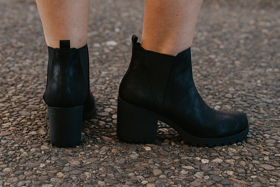 Luna Black Chunky Booties
