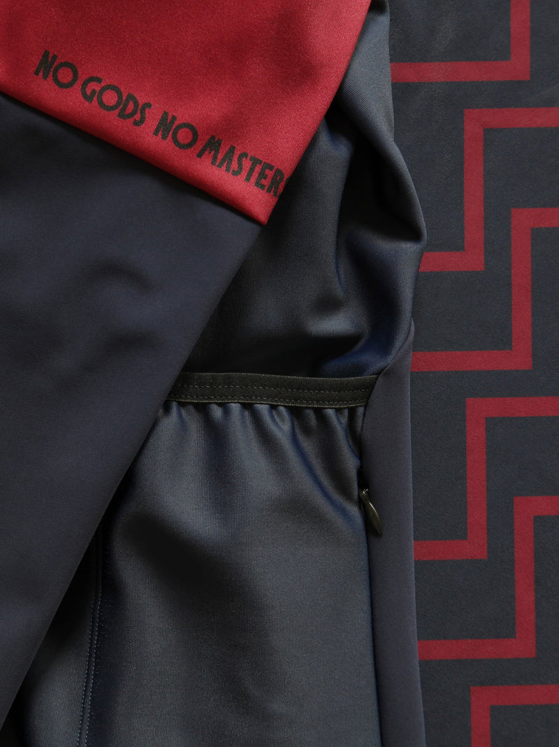 NGNM fourth pocket windproof