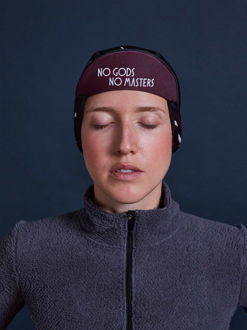 NGNM Winter cap black burgundy flip