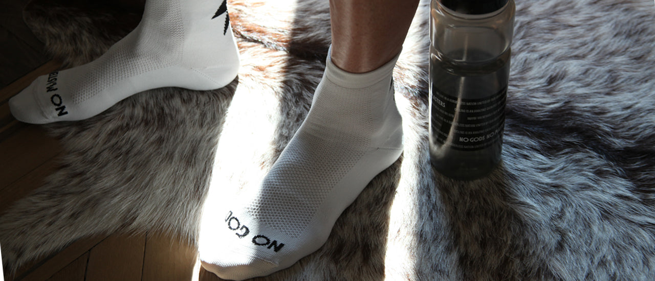 slider|NGNM Power-up cycling socks white front