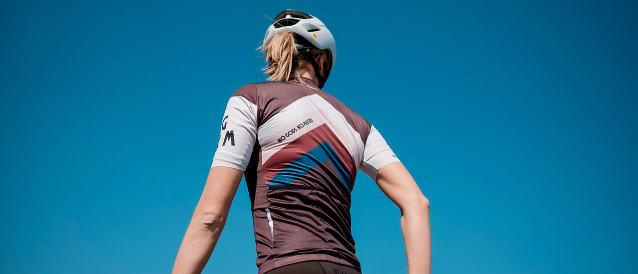 slider|NGNM Jersey Zwift aubergine up in the sky