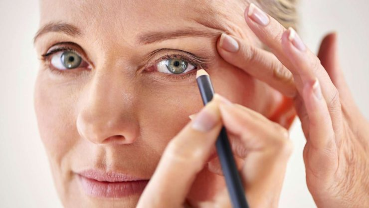 6 makeup mistakes for mature skin