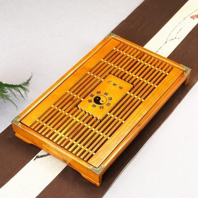 Tea tray with drainage area