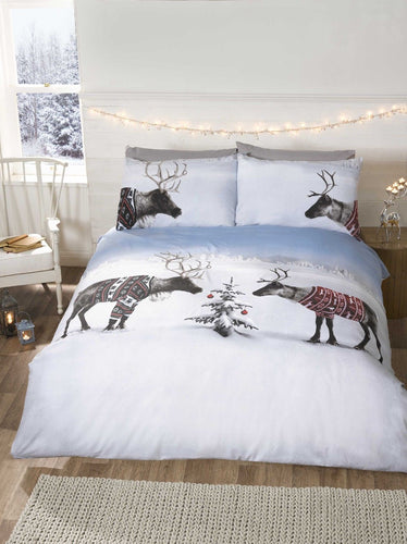 Reindeer Jumpers Duvet Cover Set by Rapport
