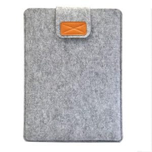 MACBOOK AIR COVER-Hearts and Gifts