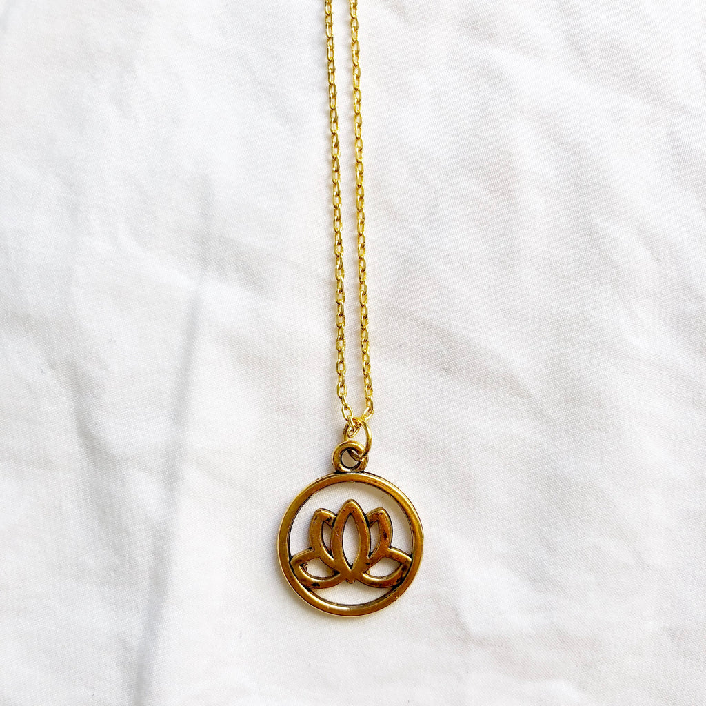 Lotus Beauty Necklace