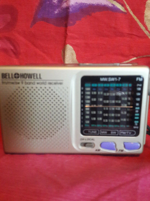 Bell & Howell Portable fm/mw/sw 9 Band World Receiver Mod MW.SW1-7 NO.A 9104927